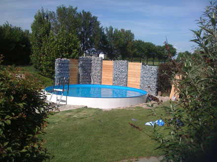 Gabione_Schwimmbad